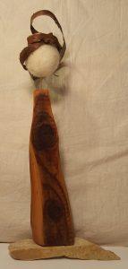Holzfigur Rinde (2)